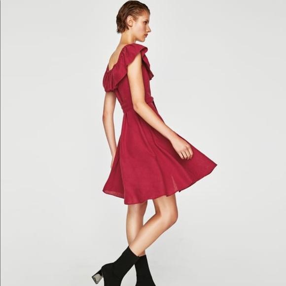 e21c1378a6 Zara ruffled linen dress